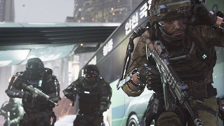 3 soldados com Exo Suits preparam-se para o combate no Call of Duty Advanced Warfare