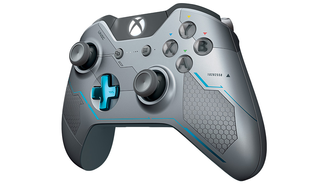 Left angle view of Halo 5 Guardians Controller