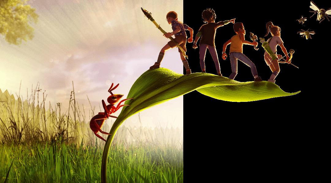 Grounded, quatre enfants se tiennent sur la feuille d'une petite plante alors qu'une araignée rampe sur la tige, dans leur direction