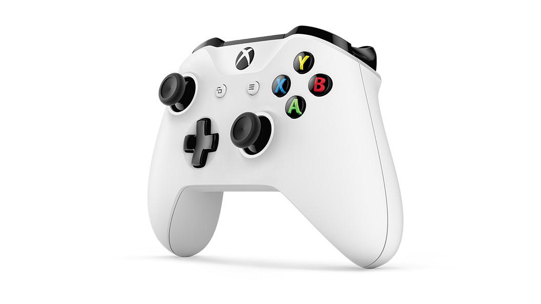 Беспроводной геймпад Xbox One — вид под углом справа