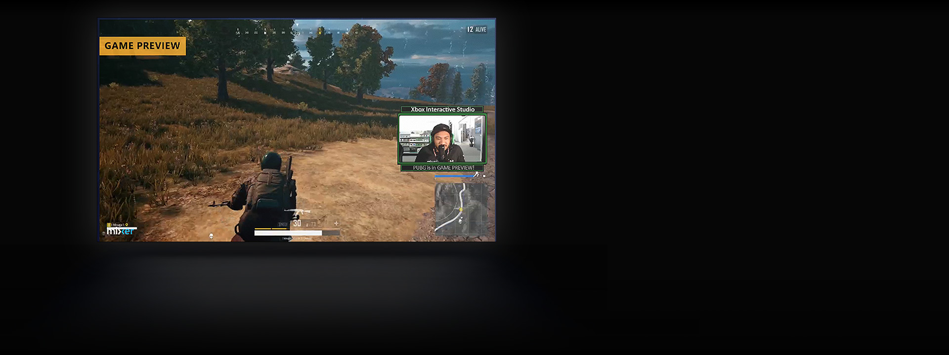 Tela de televisão que mostra um streaming do Mixer do PlayerUnknown's Battlegrounds