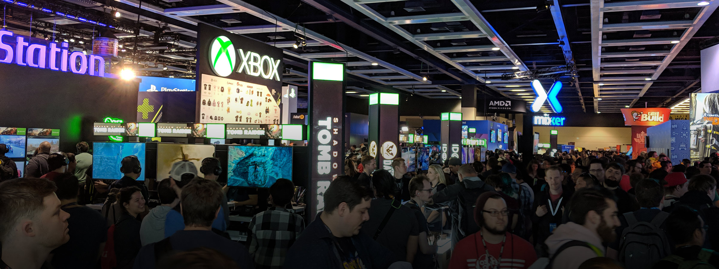View above crowd at Xbox and Mixer booths in PAX West.