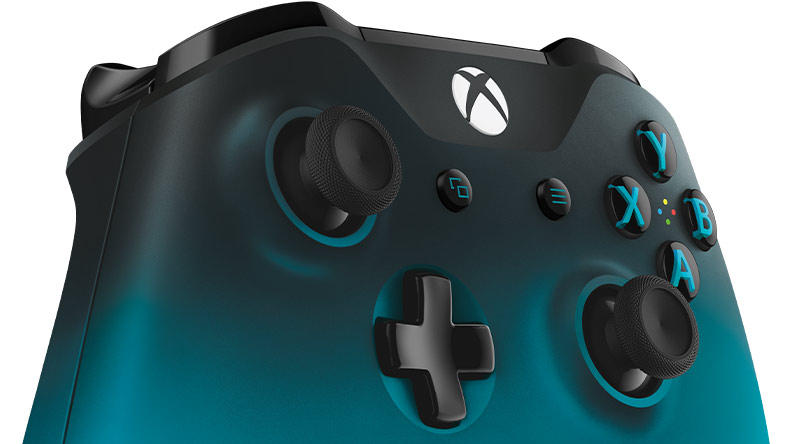 Xbox controller that fades in color from black to blue