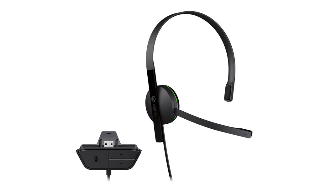 Vista frontal do Auricular de Chat Xbox com adaptador