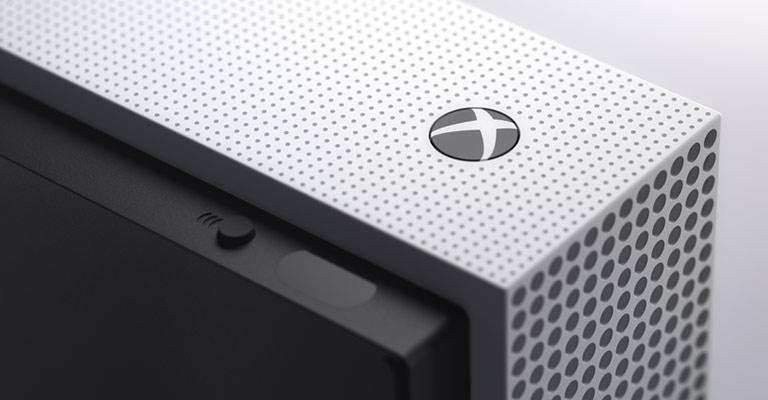 Angolo anteriore del sistema Xbox One S
