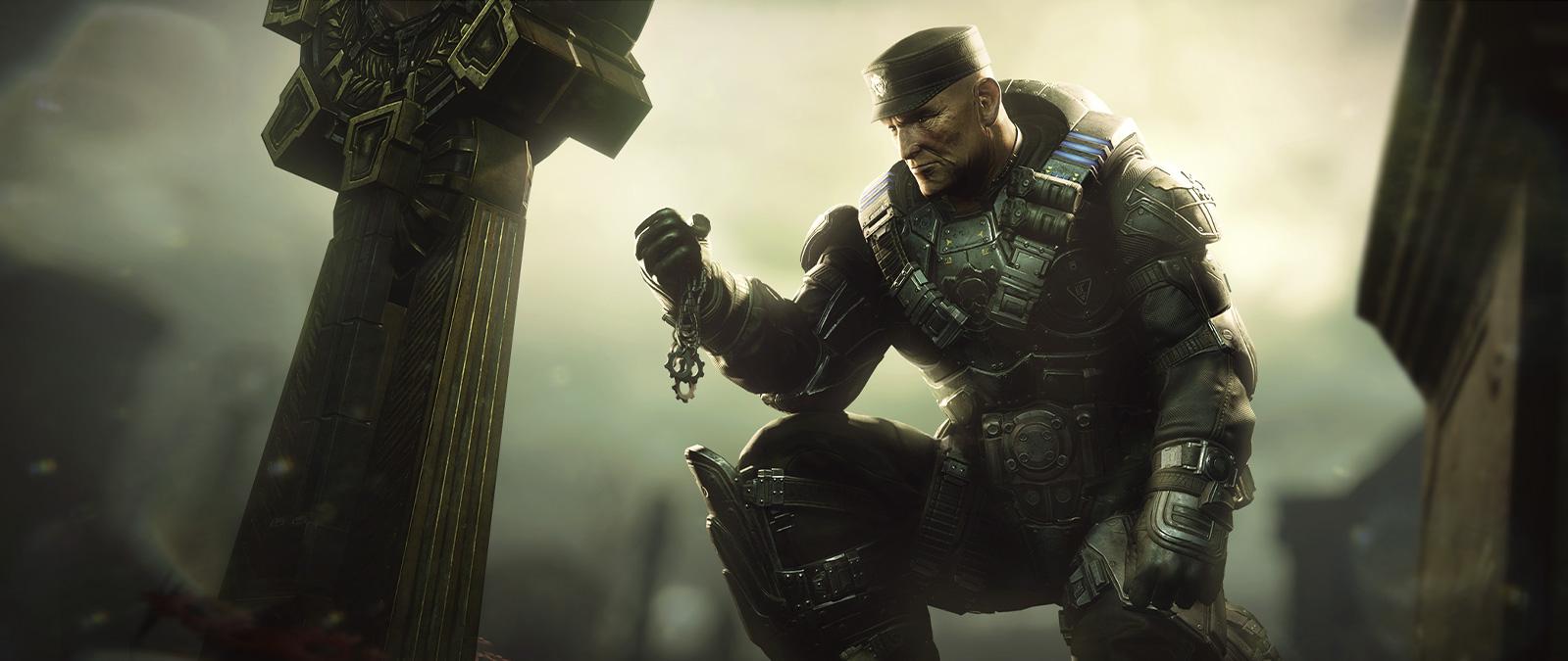 Un personaje de Gears 5 se arrodilla y sostiene un collar.