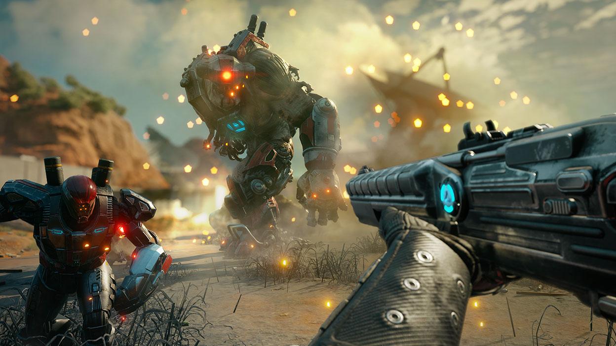 Dos robots parados delante de un personaje de jugador en primera persona que sostiene una pistola