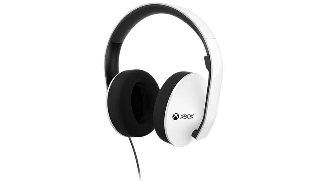 Stereo Headphones SE angled right / Mic up
