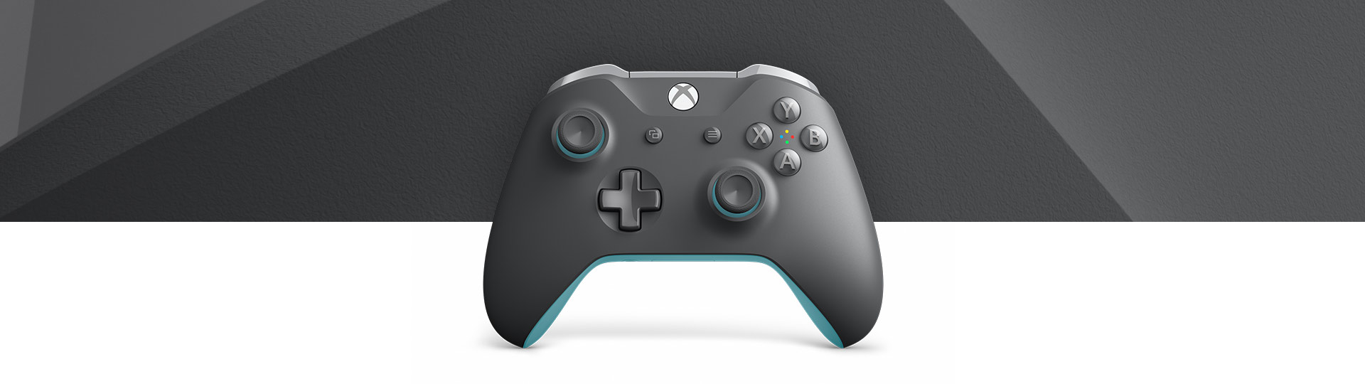 Front view of Xbox Wireless Controller Grey Blue