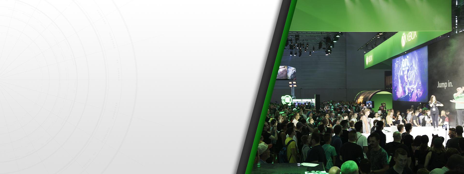 Ein großes Publikum bei dem Xbox Stand auf der gamescom