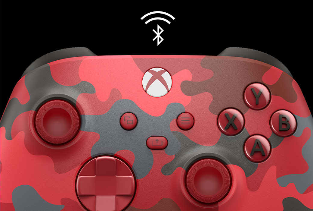 Close-up of the Xbox Wireless Controller Daystrike camo with a Bluetooth icon
