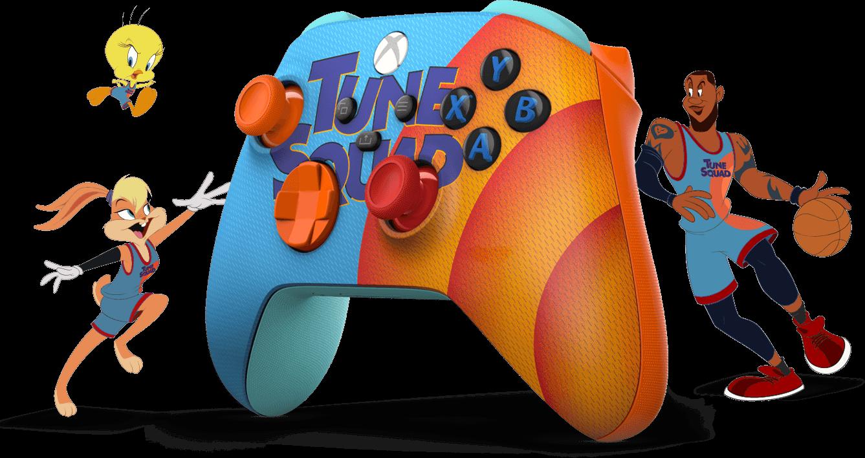 Blauer und oranger Space Jam A New Legend Tune Squad Exclusive Edition Xbox Wireless Controller, mit Cartoon-Mitgliedern der Tune Squad.