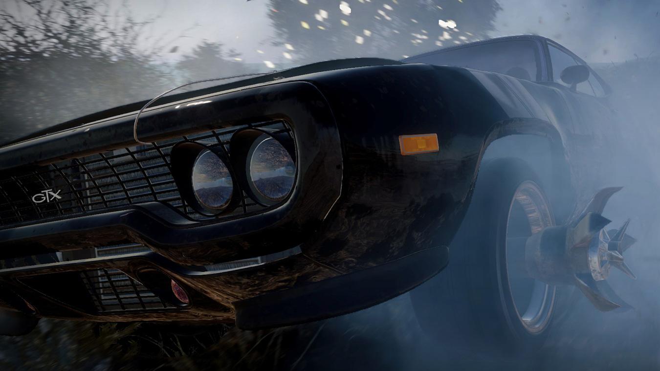 Fast and Furious Crossroads 遊戲場景中,一輛 GTX 在原地燒胎,揚起大片塵土