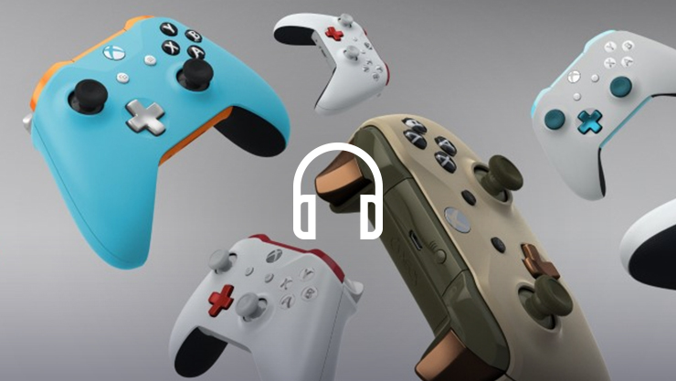 Een headsetpictogram dat een collage van Xbox Design Lab controllers overlapt
