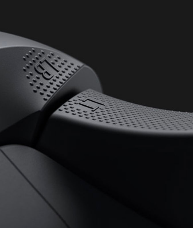 Texture bumper and trigger on the Xbox Wireless Controller