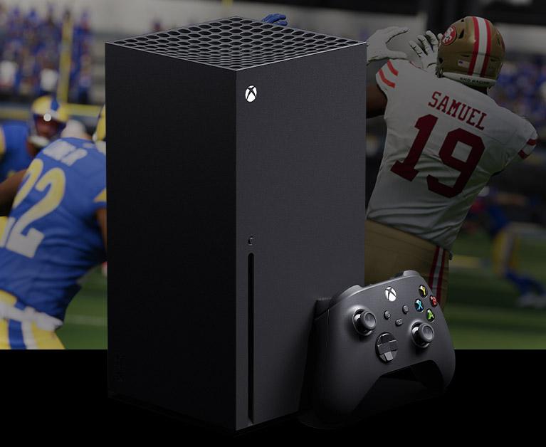 Una consola Xbox SeriesX y un control