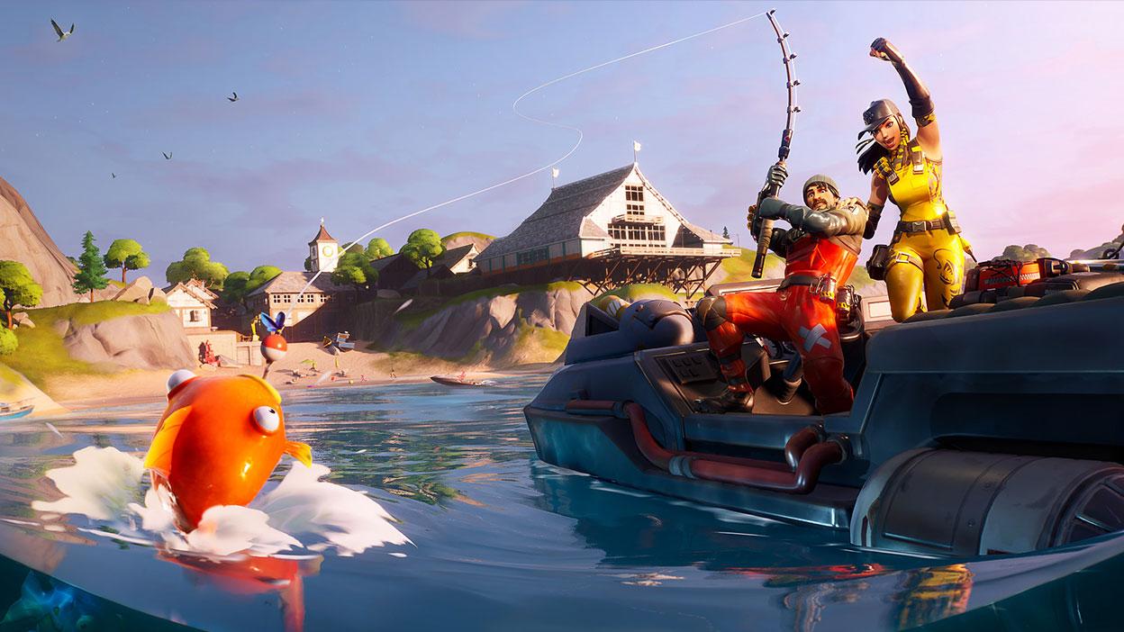 Dois jogadores comemoram em um barco enquanto pegam um peixe no anzol
