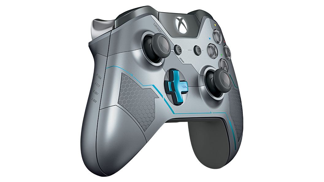 Right angle view of Halo 5 Guardians Controller