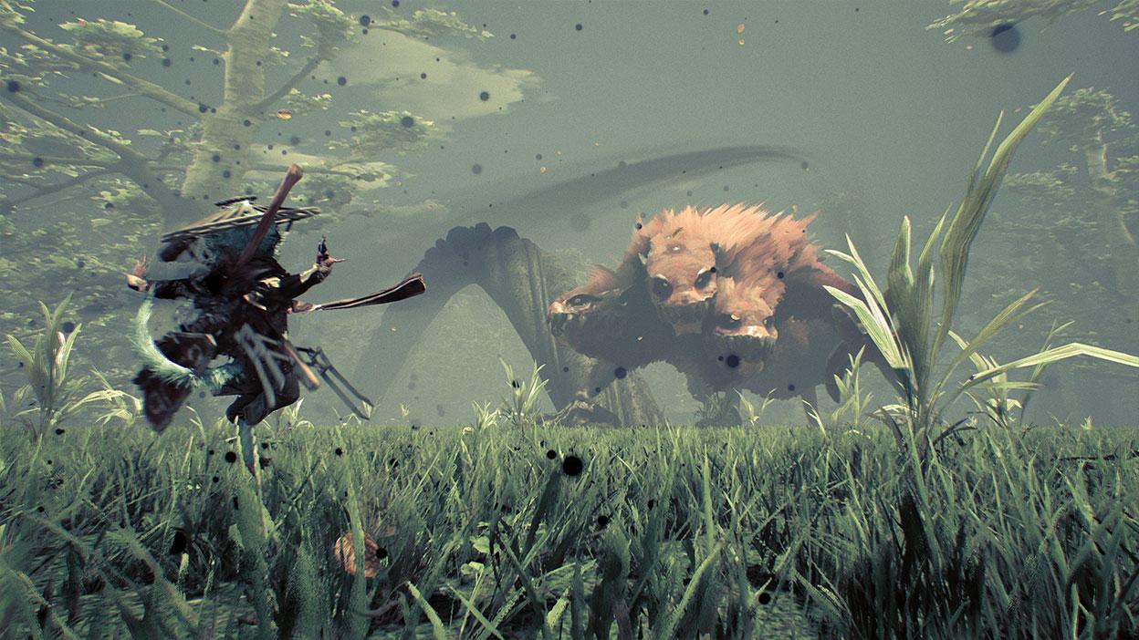 Una criatura mutante lucha contra un gran monstruo de tres cabezas.