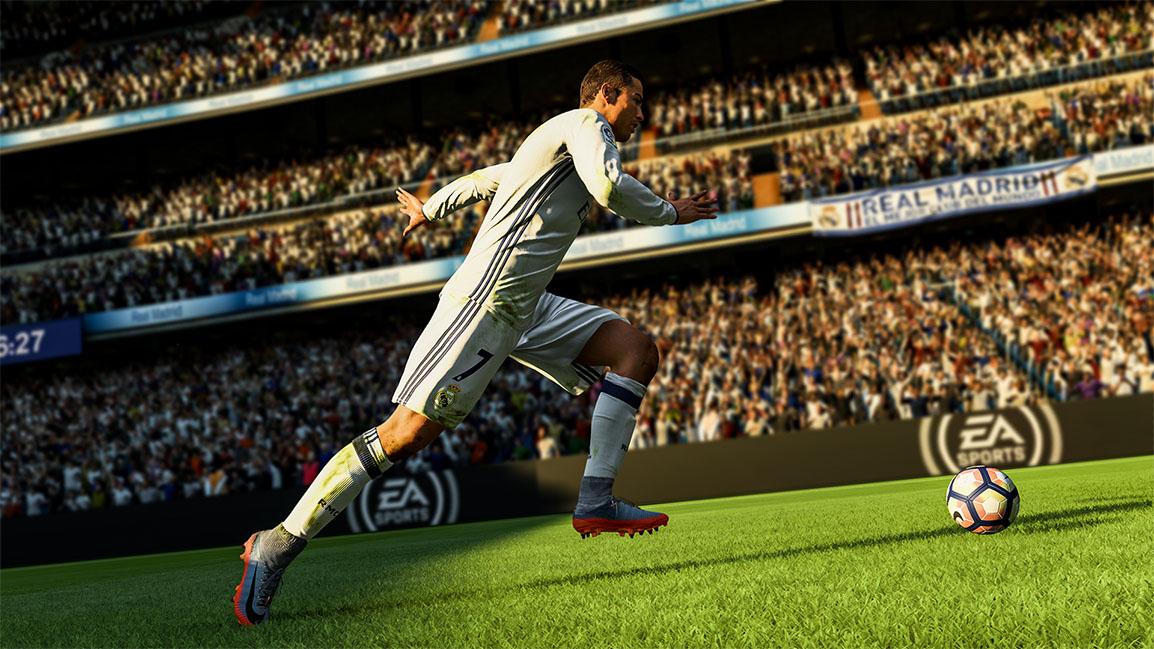 cristiano ronaldo running on soccer field fifa 18 boxshot