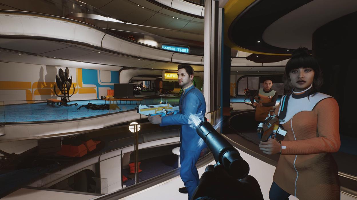 Ein Team bewegt sich mit gezogenen Waffen über die Decks des Raumschiffs.